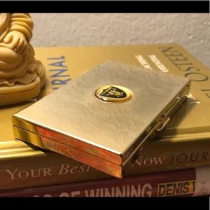 🔆 Raiders memorabilia business card holder